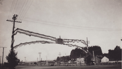 Photograph [Bunting for Coronation Parade, Mataura].; unknown photographer; 06.06.1953; MT2011.185.325