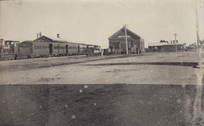 Postcard [Mataura Railway Station]; Sleeman, C.P. (Mr); 1900-1920; MT2011.185.209