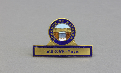 Badge; the mayoral badge of Forrest William Brown ...
