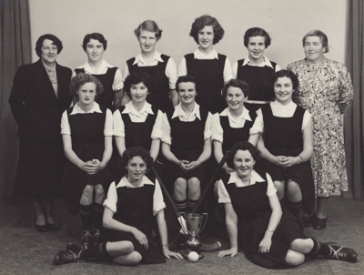Photograph [Mataura Ladies' Hockey Team, 1954]; unknown photographer; 1954; MT2011.185.305