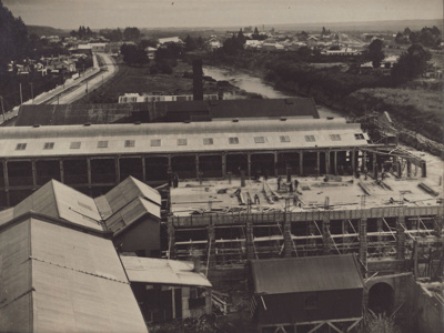 Photograph [Mataura Paper Mill, showing the construction of No. 4 Mill]; Cotterell, H.R. (Harry); 1922-1923; MT2011.185.61