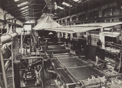 Photograph, 5 of 16, Mataura Paper Mill Album [No. 4 Machine, Wet End]; unknown photographer; 1924-1925; MT2012.137.5