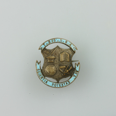 Badge, [Timaru Boys High School Old Boys Association, Hugh Brown McConnell]; unknown maker; 1927-1930; MT2015.22.16
