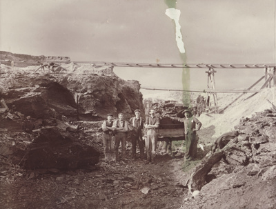 Photograph [Coster's open face coal pit, Mataura]; unknown photographer; 1892-1910; MT2011.185.70
