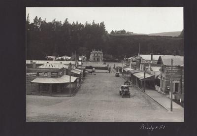 Photograph [13 of 47, McConnell Album] ; Hyne, W. Crown Studio (Gore); 1925; MT2012.72.13