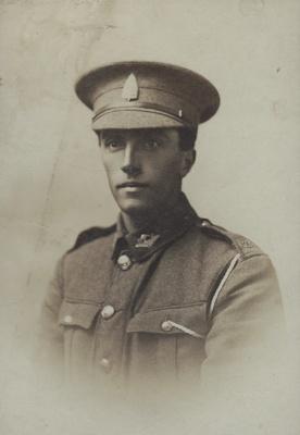 Photograph [Rifleman Oliver Gibson Scott] ; Mora Studio, The (Gore); 1916-1918; MT2011.185.291