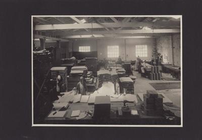 Photograph [31 of 47, McConnell Album] ; Hyne, W. Crown Studio (Gore); 1925; MT2012.72.31