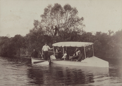 Photograph [Mataura Boating Party]; unknown photographer; c.1910; MT2011.185.168