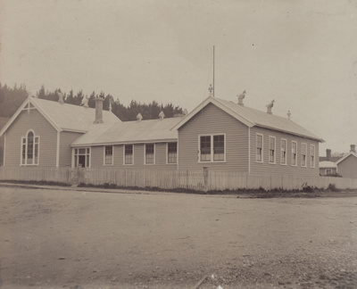 A black and white photograph of the Mataura School...