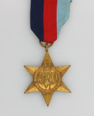 Medal, 1939-1945 Star [Hugh Brown McConnell]; New Zealand Government; 1945-1955; MT2015.21.2