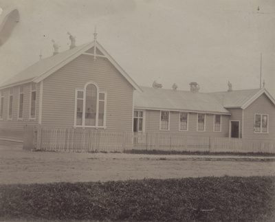 Photograph [Mataura School]; unknown photographer; 1890-1910s; MT2011.185.25