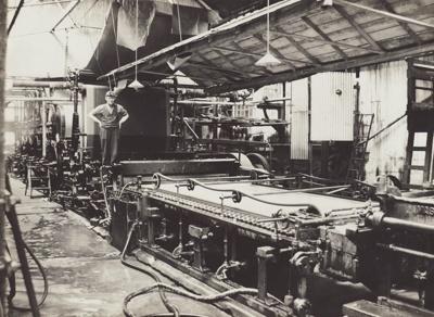 Photograph, 6 of 16, Mataura Paper Mill Album [No 2 Machine]; unknown photographer; 1926; MT2012.137.6