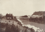 Photograph [Mataura River and Suspension Bridge]; unknown photographer; 1912-1920; MT2011.185.169