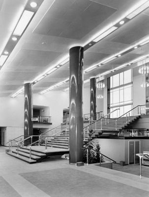 PHOTO FAIRFIELD HALLS FOYER; NOV 1962; 196211HM
