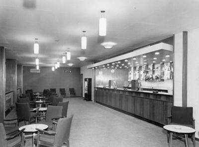 PHOTO FAIRFIELD HALLS ASHCROFT BAR; NOV 1962; 196211LM