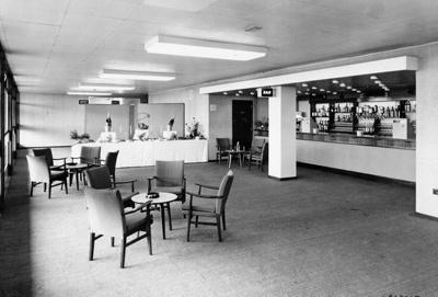 PHOTO FAIRFIELD HALLS ASHCROFT BAR; NOV 1962; 196211LK