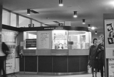 PHOTO FAIRFIELD BOX OFFICE; SEP 1966; 196609FC