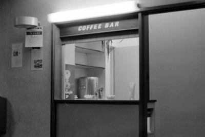 PHOTO FAIRFIELD COFFEE SHOP; SEP 1966; 196609FN