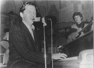 PHOTO JERRY LEE LEWIS & CHAS HODGES AT FAIRFIELD HALLS MAY 1963; MAY 1963