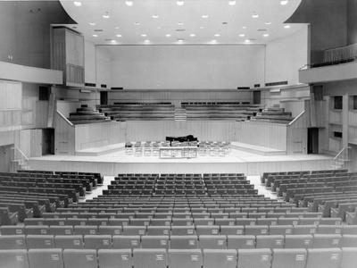 PHOTO FAIRFIELD CONCERT HALL; NOV 1962; 196211LQ