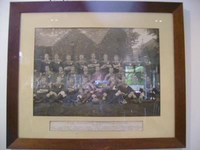 1905 All Blacks team photo at Newton Abbot Cottage; 1905; 2012.5