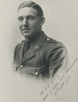 Frank Young, VC photoprint; Lupton, A.E.; 1915-1918; 10027/1