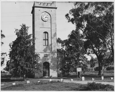 St. Lukes Church of England, Richmond, Tasmania. ; Reid, Vern; 1963; TSO00018306