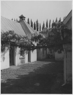 Cobbled Courtyard, 'Redlands', Plenty, Tasmania