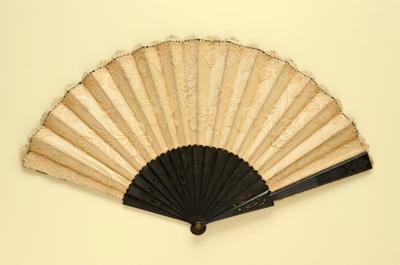 Folding Fan; c. 1890; LDFAN2003.370.Y