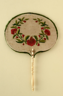 English Handscreen; c. 1850; LDFAN1994.220