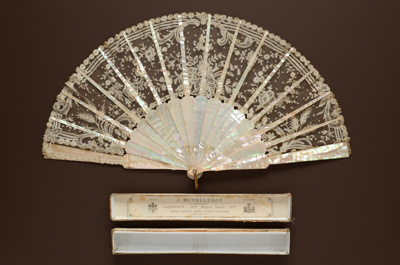 Folding Fan & Box; c. 1870; LDFAN1993.15.1 & LDFAN1993.15.2