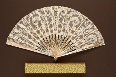 Folding Fan & Box; c. 1900; LDFAN1997.5