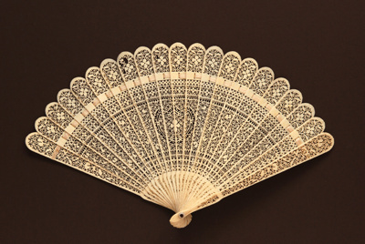 Bone Brisé Fan, China; LDFAN2006.95
