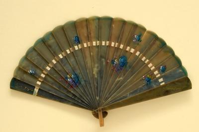 Brisé Fan; c.1920; LDFAN2009.61