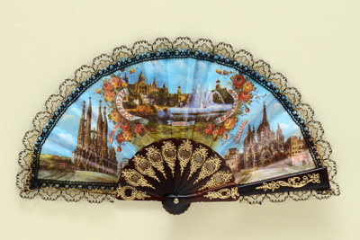 Folding souvenir fan for Barcelona, Spain; c. 1980s; LDFAN2003.466