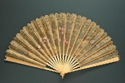 Folding Fan; c. 1890; LDFAN2003.258.Y