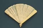 Brisé Fan; c. 1920-1930; LDFAN1994.253
