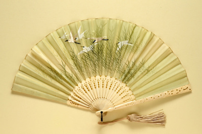 Folding Fan & Box; c. 1910; LDFAN1996.22.1 & LDFAN1996.22.2
