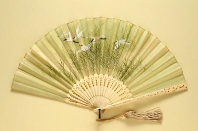 Folding Fan & Box; c. 1910; LDFAN1996.22.1 & LDFAN1996.22.2