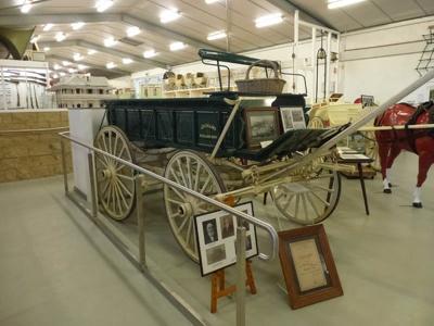 Wagon, fruit - Collins; E Bloomer; 1900; R00579