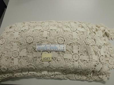 Bedspread - Double cream; c.1880s; R15252