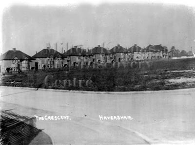 Monochrome photograph; Maurice Kitchener; 1925 to 1936; 13-131