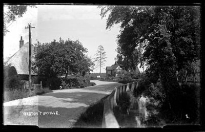 Unknown road, Weston Turville; Kitchener, Maurice; 1925 to 1936; KIT/30/1699