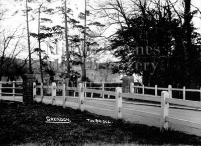 Monochrome photograph; Maurice Kitchener; 1925 to 1936; 11-109