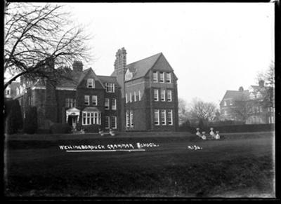 [Wellingborough School] Wellingborough Grammar School; Kitchener, Maurice; 1925 to 1936; KIT/30/1672