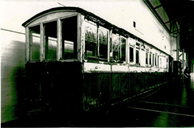 Old Railway Carriage; 6-6999