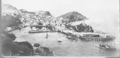 Paddle Steamers leaving Ilfracombe 1894; Photographer: Unknown; 1894; 59