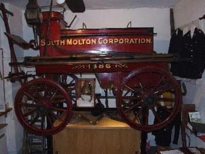 Combe Martin Fire Engine; 41-3811