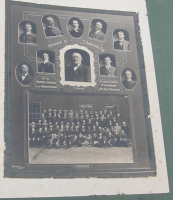 Phoenix Foundry Employees with T. Bodycomb; Richards & Co. Photographers; 2011.0604