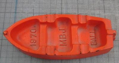 Ash tray; John Valves Pty. Ltd.; 1970; 2011.0004